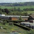 イギリス1:5 大学の園芸棟と、横は町民のためのレンタル農園