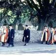 イギリス1:19 ワイカレッジでの卒業式に行く教授たち