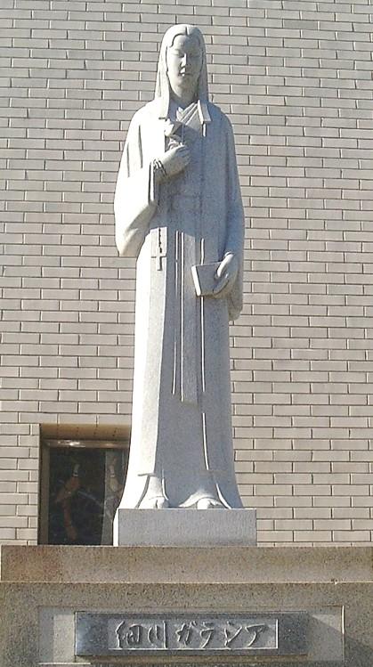 大阪・玉造教会8:細川ガラシア夫人石像